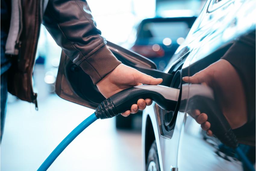Europa ultrapassa marca de 500 mil carros elétricos vendidos em 2020