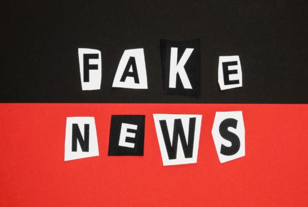 YouTube remove mais de 30 mil vídeos com fake news sobre vacina da Covid-19