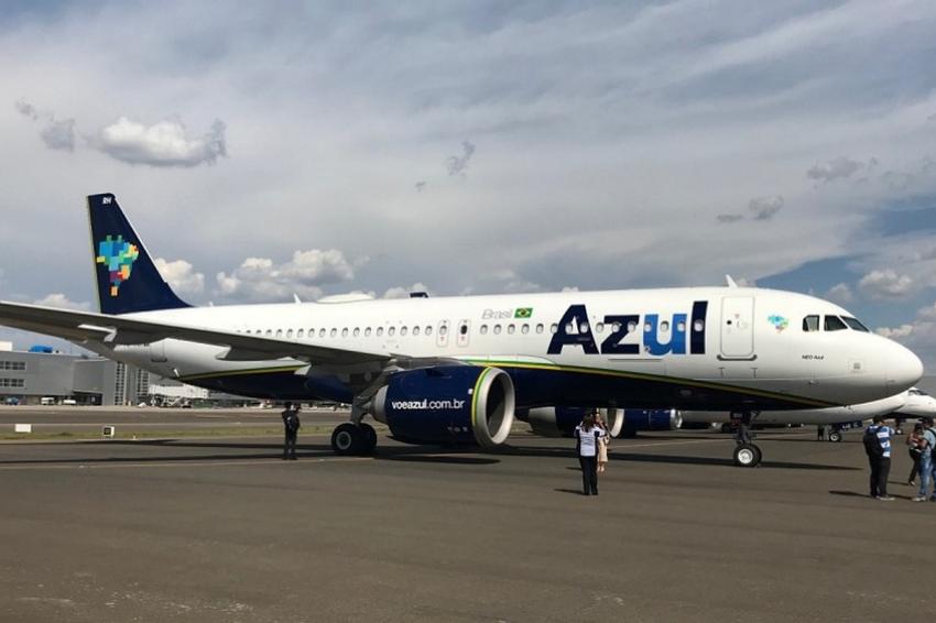 Azul lança wi-fi gratuito no avião