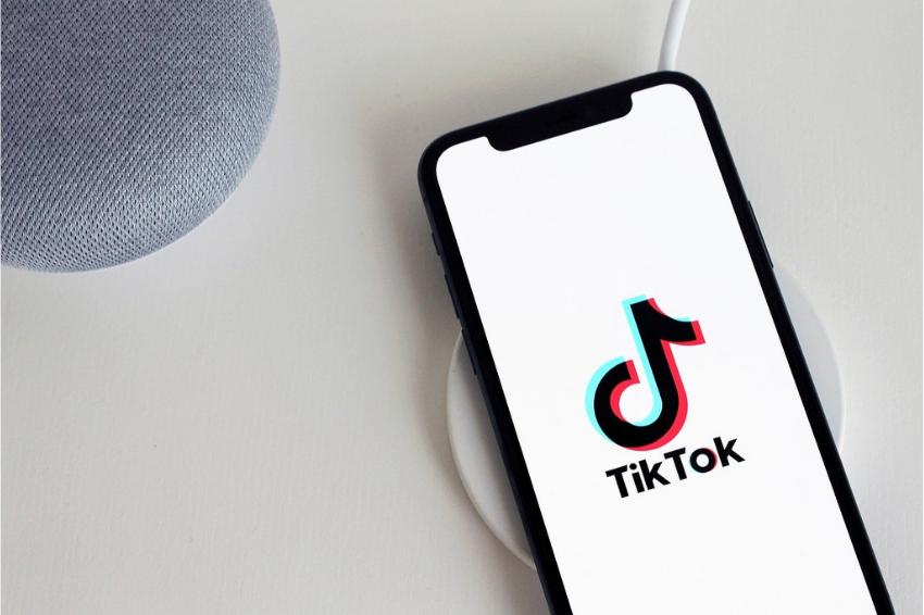 Holanda multa TikTok em mais de US$ 800 mil por violar leis de proteção de dados